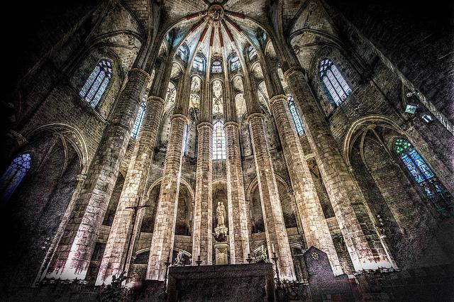 Czarujące wnętrze Santa Maria del Mar, Santa Maria del Mar Barcelona