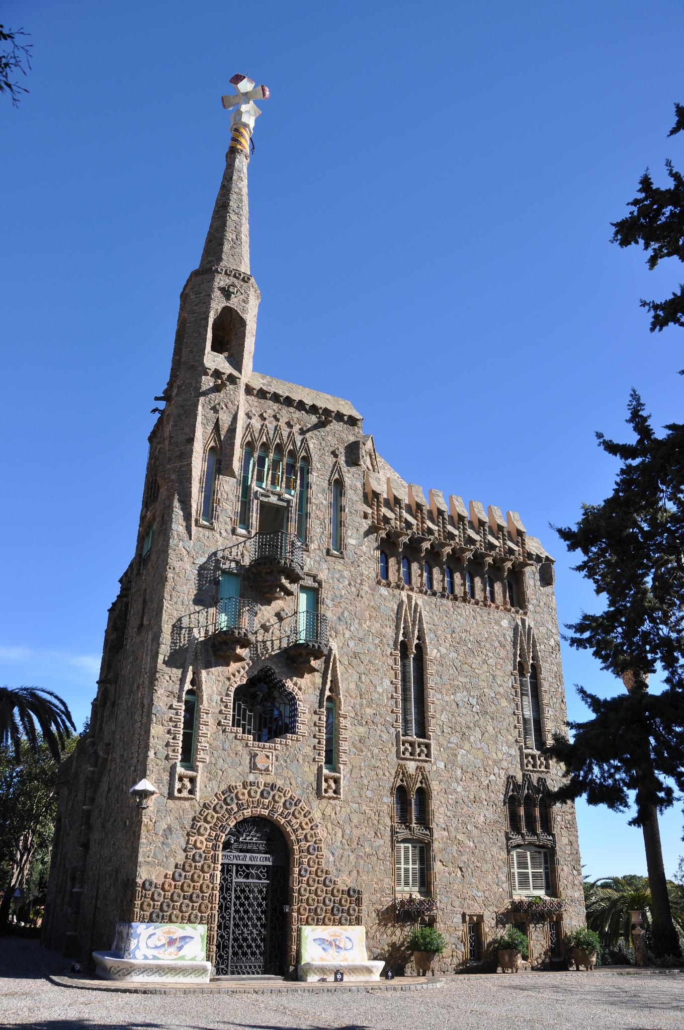Wieża Bellesguard – mniej znane dzieło Gaudiego