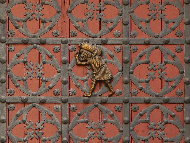 Tragarz z bractwa bastaixos, Santa Maria del Mar Barcelona