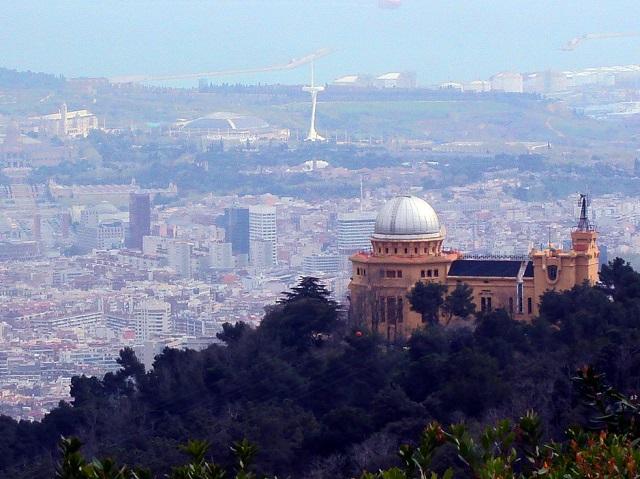 Barcelońskie Observatorio Fabra, sierpień w Barcelonie