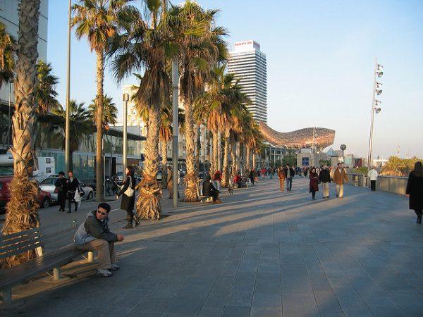 Barceloneta to jedna z najsłynniejszych dzielnic Barcelony, maj 2018 w Barcelonie