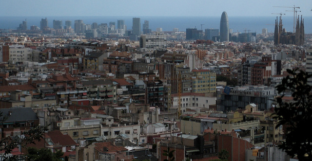 Panorama miasta ze wzgórz Putxet, najlepsze punkty widokowe w Barcelonie
