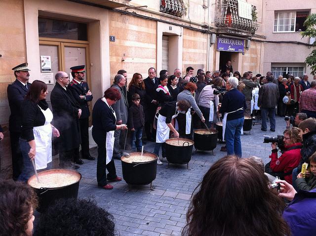 W takich garach szukać można świątecznej escudelli, Boże Narodzenie w Barcelonie