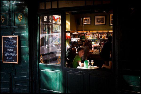 Passeig del Born to ulica, wzdłuż której odkryjecie wiele ciekawych knajpek, najciekawsze barcelońskie ulice