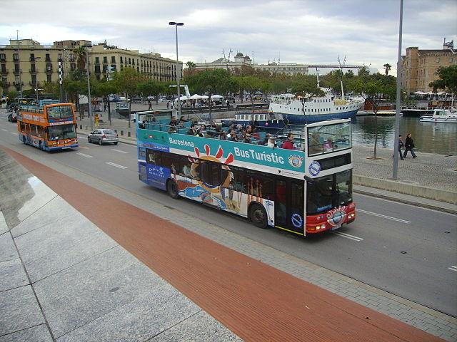 Autobusy w Barcelonie to bardzo dogodny środek komunikacji, komunikacja w Barcelonie