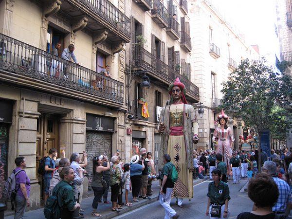 Podczas Festes de la Mercè warto załapać się na parady Gigantów, wrzesień 2018 w Barcelonie