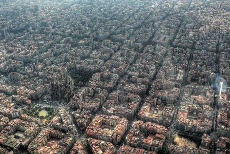 Barcelona – tanie loty